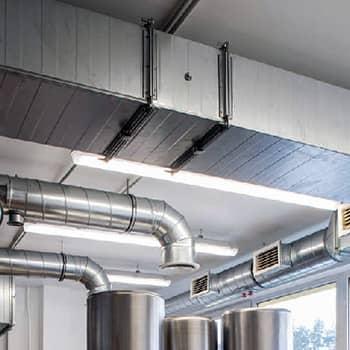 Монтаж временных или стационарных каналов отвода выхлопных газов