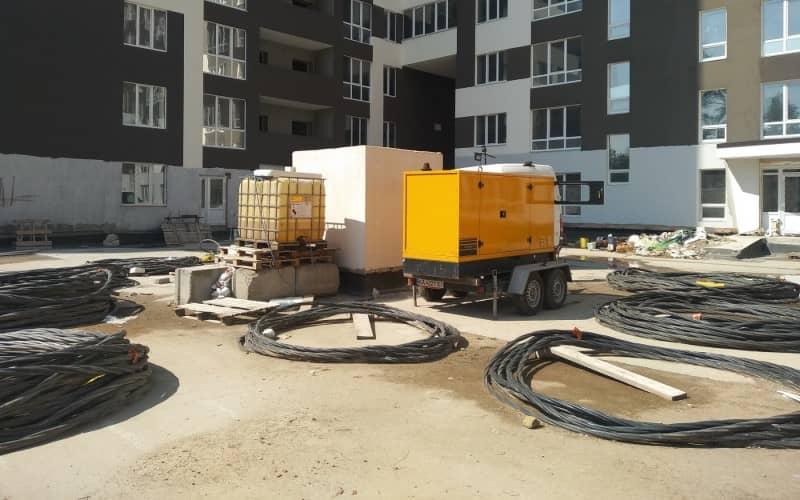 можливість швидкого підключення генератора на прокат