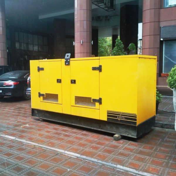 оренда дизельної електростанції для живлення бізнес-центру